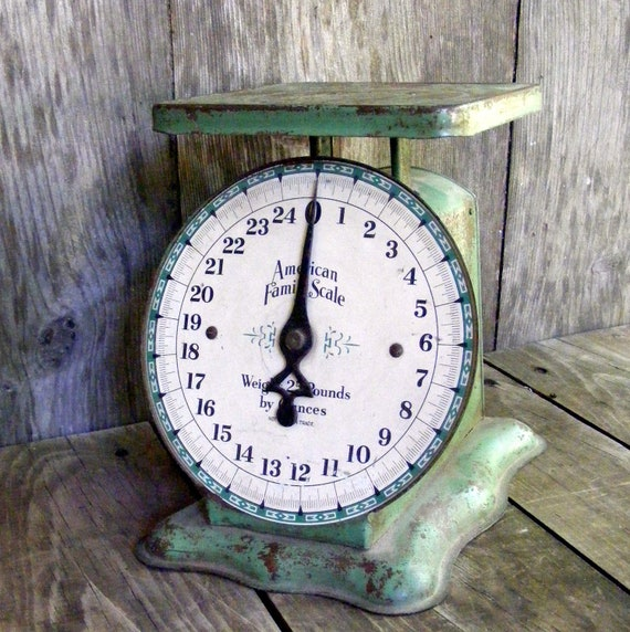 Vintage Green Kitchen: Vintage Green American Family Scale / Kitchen Collectible