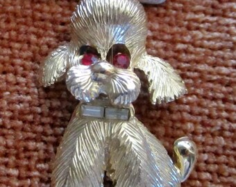 Poodle dog pin brooch kitsch red stone eyes pet gift Vintage jewelry pet owner animal jewels doggie retro poodles animal dogsjewelry