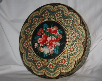 Vintage Floral Decorative Tin Made in Holland