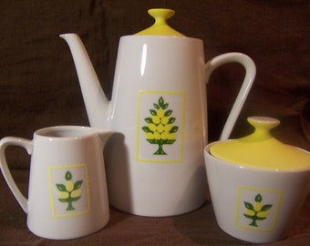 Vintage Teapot / Sugar Bowl / Creamer with Lemon Trees and sunny yellow lids / 1970 / Vintage Kitchen Decor - Gift for Her