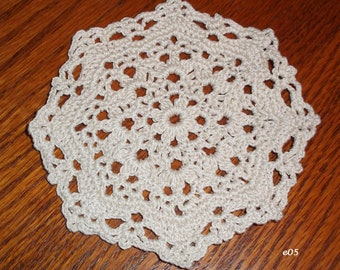Small Crocheted Doily (e05)