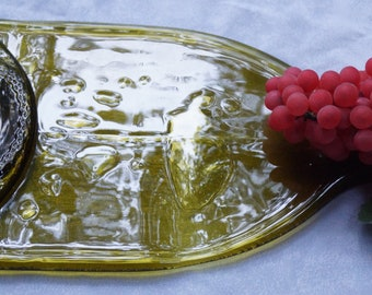Xtra Large Cheese/Bread Tray Green Bottle
