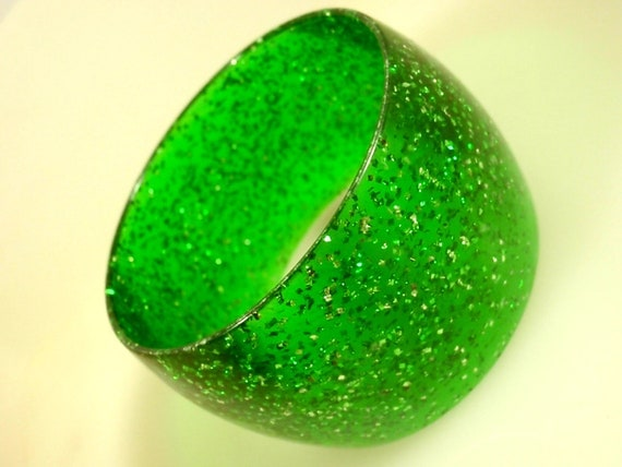 Retro 1970s GREEN Lucite Bangle Bracelet marked Made in W Germany... Vintage Bracelets, 70s Jewelry,