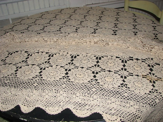 Antique Crocheted Coverlet Cream Made In England 100% Cotton Single Bed