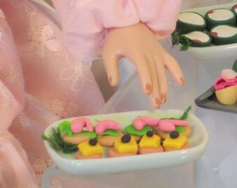 Fashion doll miniature food - shrimp