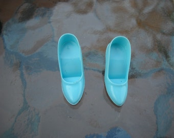 Vintage Barbie 1966 Fashion Editor Turquoise Shoes Pumps HTF 1635