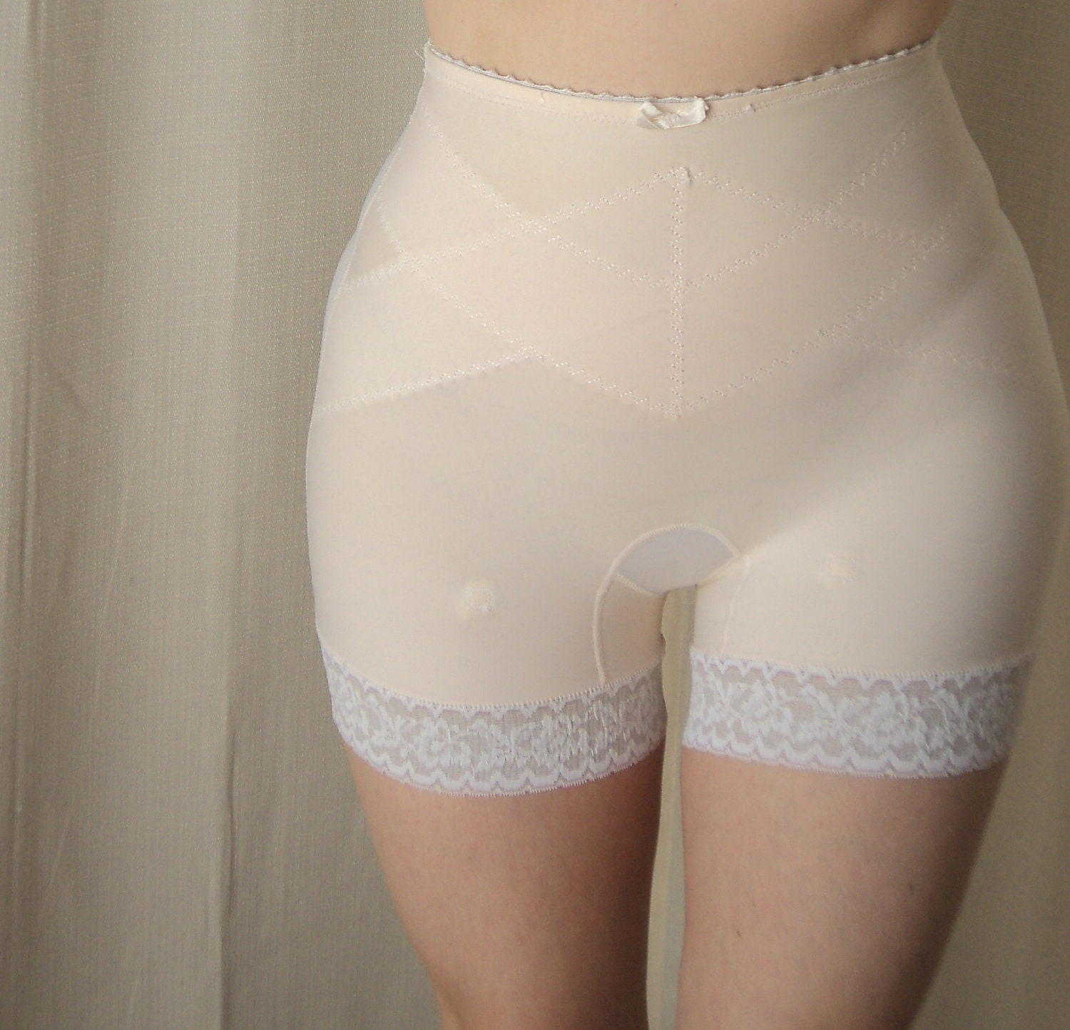 Long Leg Panty Girdle Detatchable Garter Loops Unworn Size