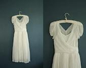 vintage 1940s wedding dress// 40s white dress