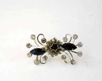 Vintage black flower brooch, viney twiney bowtie pin