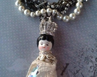Jewelry Necklace Beaded Statement Necklace Porcelain Doll Pendant with Pearls Rhinestone and Chain