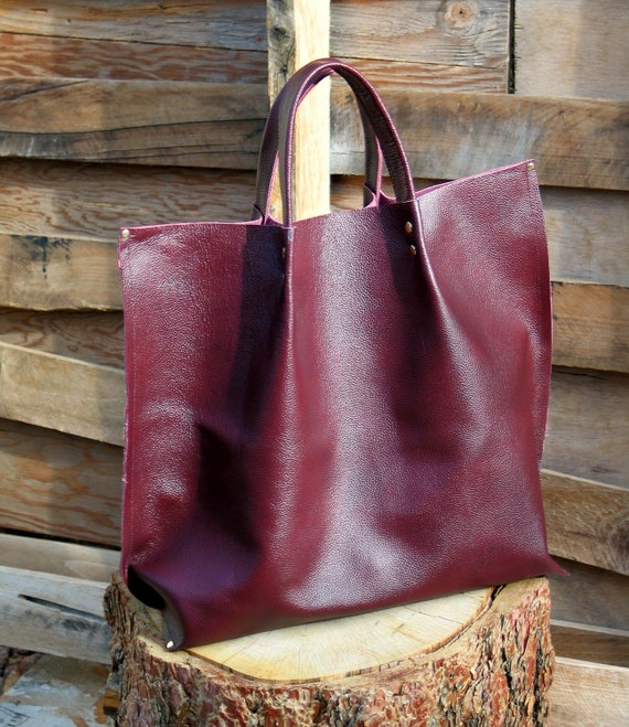 Leather Tote in Burgundy