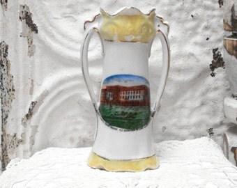 Cuyahoga Court House Cleveland Ohio Lustreware Souvenir Vase Vintage
