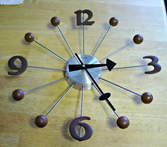 Retro Verichron Battery Operated Wall Clock in a Sunburst Shape