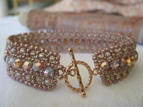 Rose Gold Beadwoven Bracelet, Champagne Pink/Peach