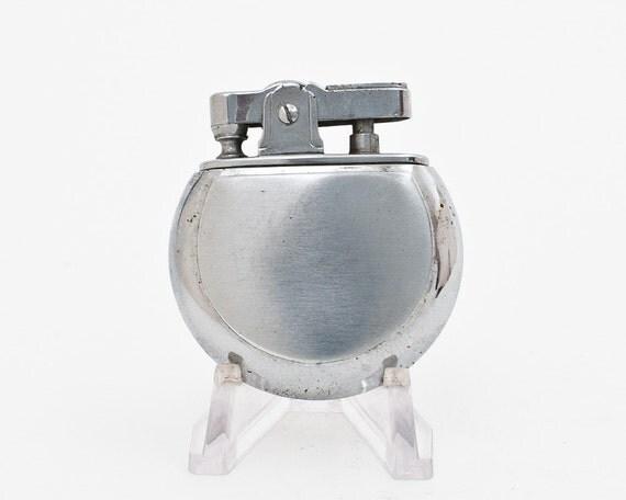 Working 1950s Oval Japanese Super Pocket Lighter NOS