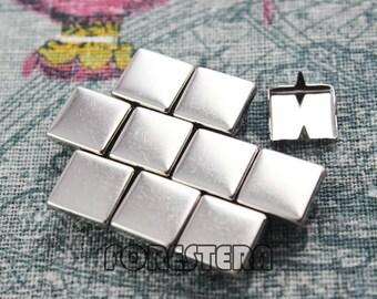 200Pcs 10mm Silver Flat Square Studs (SFQ10)