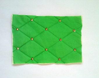 Small vintage-pattern/textile