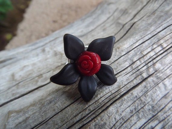 Adjustable Ring Black Lucite with red Coral cameo