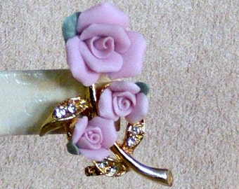 clay flower brooch