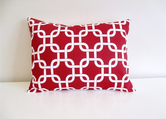 Lumbar Pillow Cover - Red Chain Link. Decorative Pillow - Throw Pillow Cover - Accent Pillow 12 x 18 Inches Red and White