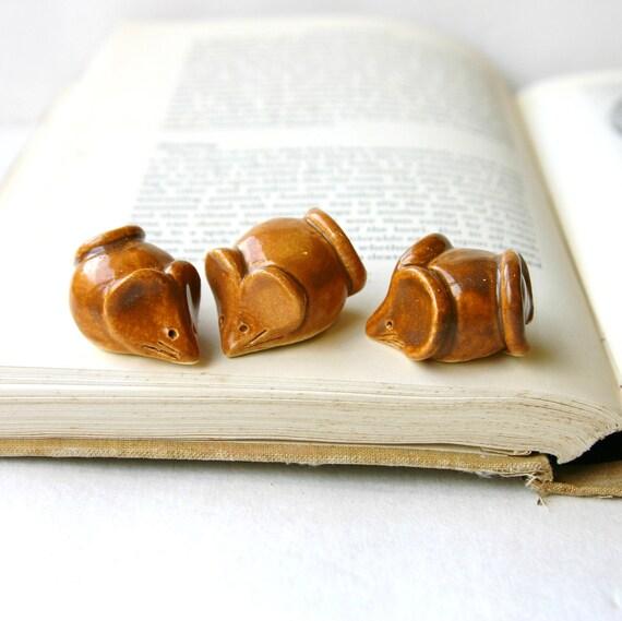 Three Little Mice - Handmade Sculptures - Bookshelf Home Decor