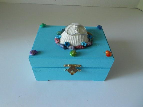 Ring Bearer Box Seashell Theme Medium Size