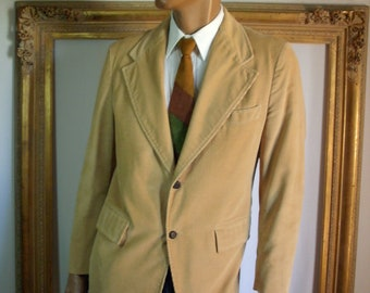 Vintage 1970's Camel Colored Corduroy Sportcoat - Size 42