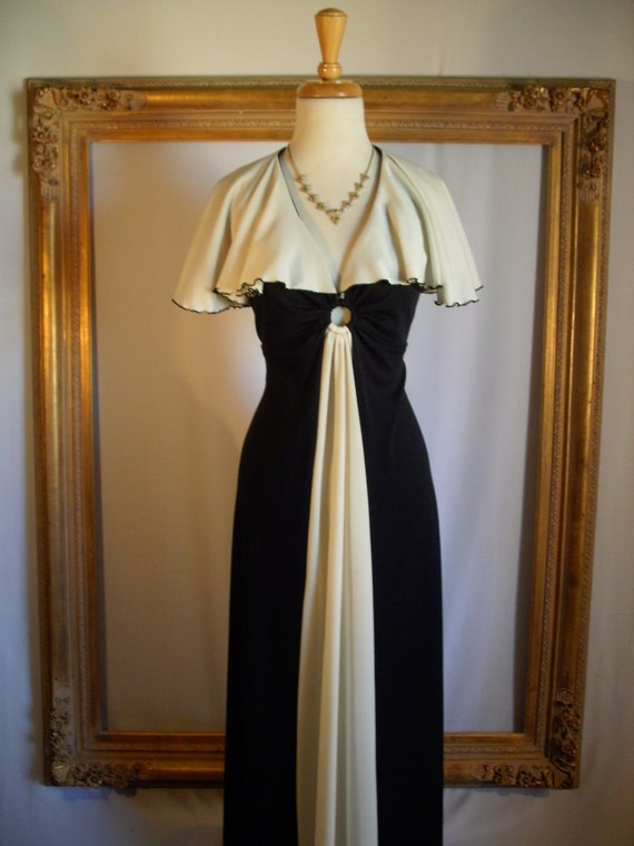 CLEARANCE 50% OFF Vintage 1970's Black & White Dress with Attached Capelet - Size 12