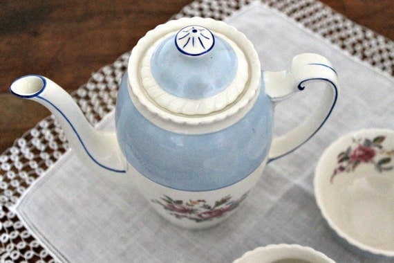 Vintage Johnson Bros Teapot, Cream and Sugar