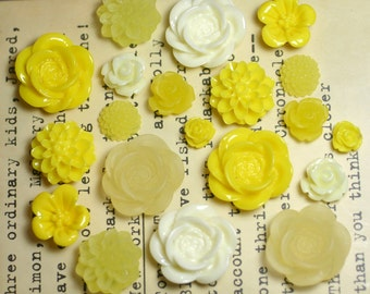 20x Resin Flower Cabochons - Yellow