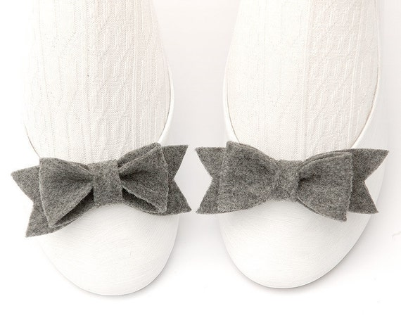 Shoe Bow Clips. Set of Two. Winter Grey Shade.