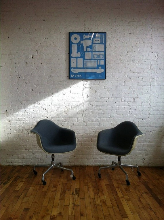 SALE SALE SALE mid century Modern Herman Miller Eames conference Lounge chairs