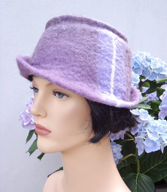 Retro hat lavandel felt cloche, summer hat, 1920s inspired hat, art deco fashion, vintage inspired, 20s accessory