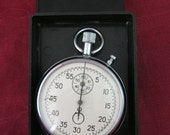 Very old and RARE USSR / Russia Military Mechanical STOPWATCH Chronometer looks like new.