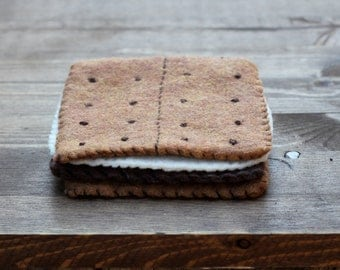 Felt s'mores coasters (set of 4)
