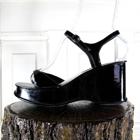 Vtg 90s Black Patent Vinyl Platform Wedges / Ankle Strap Sandal Shoes / Women's Size 9 US - 40 Eur - 6.5 UK