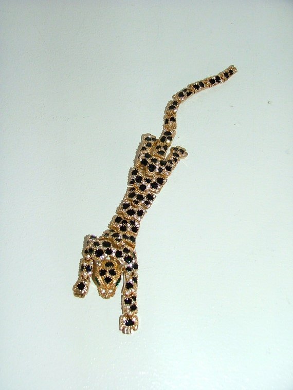 Vintage large leopard panther cat shoulder brooch articulated Wallis Simpson Jewellery influenced