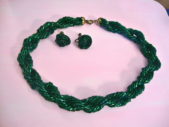 Emerald Green Seed Bead Necklace Earring Set