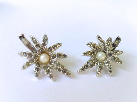 Rhinestone  Bridal Starburst Earrings with Faux Pearl