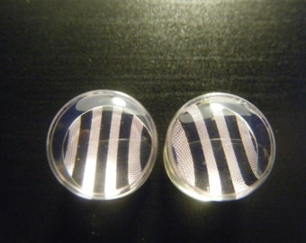 00 Gauge Light Pink and Black Striped Plugs