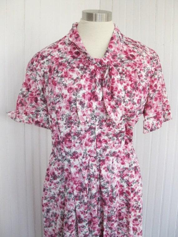 "1940s 50s Penney's Feminine Floral Day Dress 30 "" waist 42"" Bust Large"