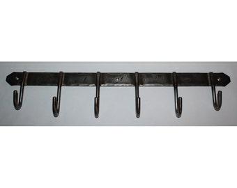 Multipurpose six hook rack