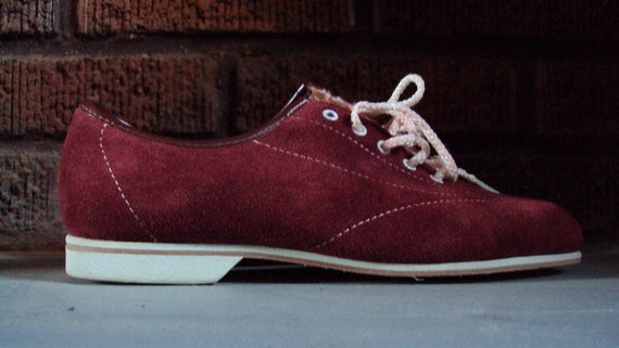 Vintage Women's Oxblood Suede All Leather Bowling Shoes, Size 7