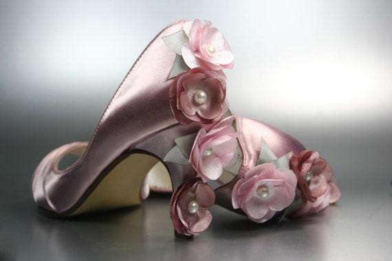 Wedding Kitten Heels: Wedding Shoes Antique Pink Kitten Heel By DesignYourPedestal