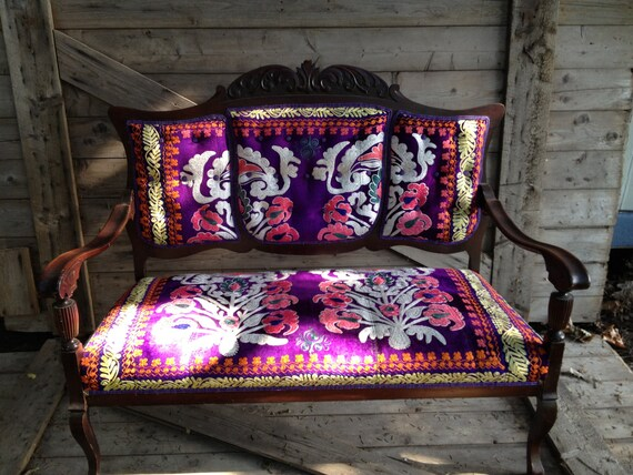 Vintage Suzani-Upholstered Eastlake Settee