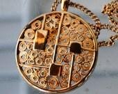 Sarah Coventry Pendant Necklace,  Vintage Jewelry ,  Wedding , Retro, Mid Century , Valentine , Gold Metal
