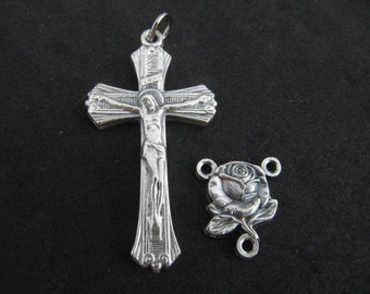 Lovely Italian Rosary Crucifix and Matching Roses/Mary Reversible Centerpiece