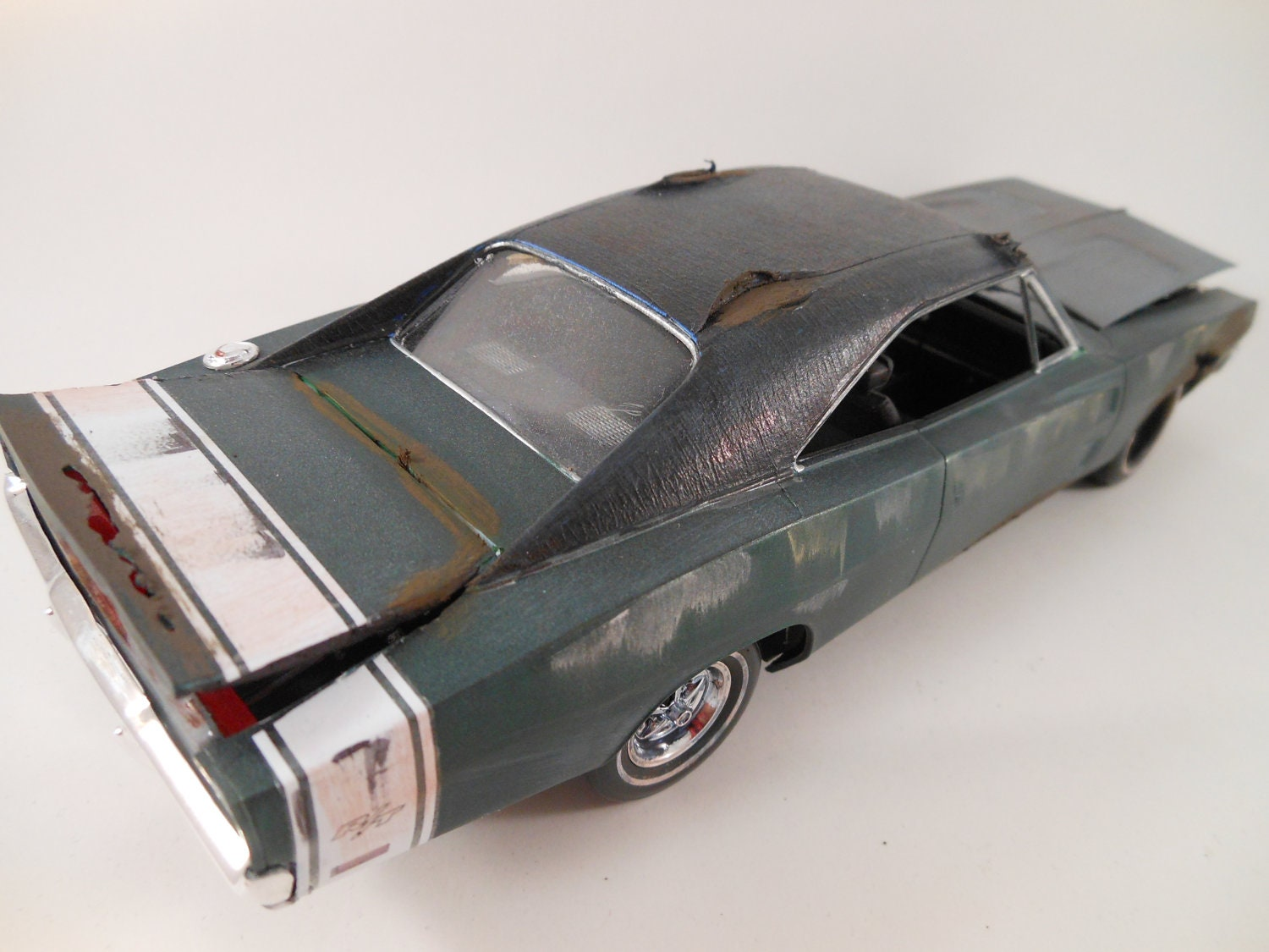 1969 dodge charger 1  24 scale model car in green