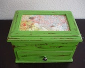 Small Meadow Green Wooden Jewelry Box