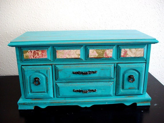 Flora Turquoise Wooden jewelry box